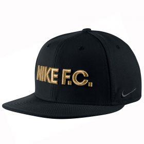 Nike F.C. True Snapback - Black/Metallic Gold