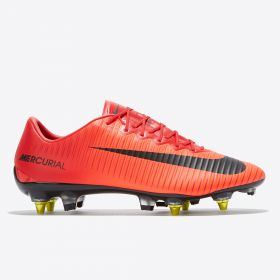 Nike Mercurial Vapor XI Anti-Clog Soft Ground Pro Football Boots - Red