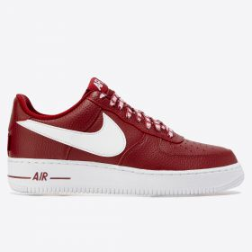 Nike Air Force 1 07 LV8 Trainers - Red