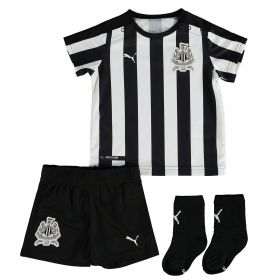 Newcastle United Home Baby Kit 2017-18 with Slimani 13 printing