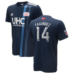 New England Revolution Home Shirt 2018 with Fagundez 14 printing