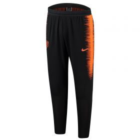 Netherlands Strike Vaporknit Pants - Black