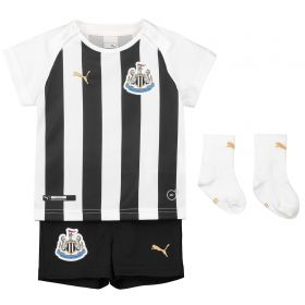Newcastle United Home Baby Kit 2018-19