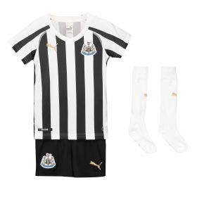 Newcastle United Home Mini Kit 2018-19