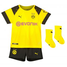 BVB Home Babykit 2018-19 with Paco Alcacer 9 printing