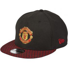 Manchester United New Era 9FIFTY Hex Weave Visor Snapback Cap - Graphite - Adult