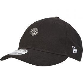 Manchester United New Era 9FIFTY Mini Metal Badge Snapback Cap - Black - Adult