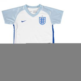 England Home Kit 2016 - Infants