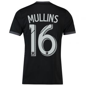 DC United Home Shirt 2018 with Mullins 16 printing