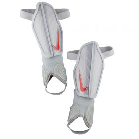 Nike Protegga Flex Shinguards - Grey