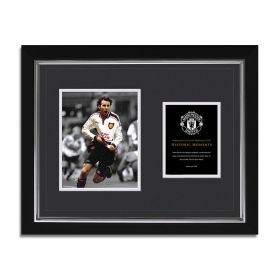 Manchester United Historic Moments - Giggs FA Cup Framed Print - 20 x 16 Inch