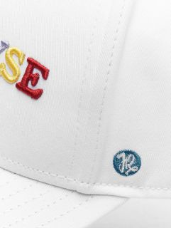 Just Rhyse / Snapback Cap Niceville in white