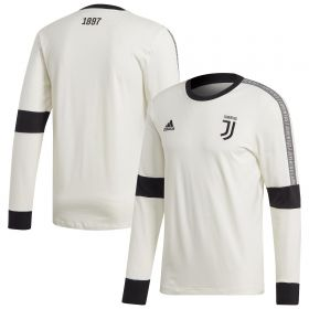 Juventus Seasonal Long Sleeve Tee - White