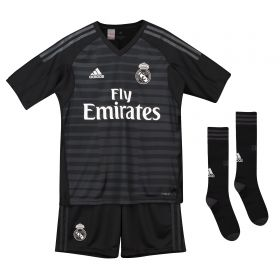 Real Madrid Home Goalkeeper Kids Kit 2018-19 with Courtois 25 printing