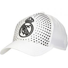 Real Madrid Fade Effect Cap - White - Mens