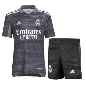 Real Madrid Home Goalkeeper Youth Kit 2021-22