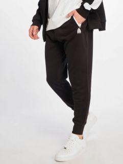 Just Rhyse / Sweat Pant Momo in black