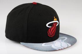 Type Caps New Era Vizasketch Miami Heat Fitted Cap