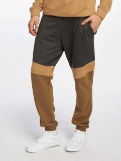 Just Rhyse / Sweat Pant Quillacollo in grey